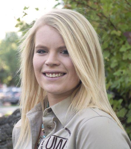 Mackenzie Holmberg :